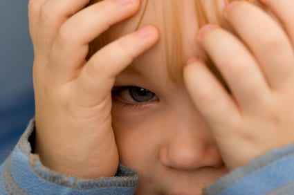 http://www.google.gr/imgres?imgurl=http%3A%2F%2Fwww.drjoetoday.com%2Fwp-content%2Fuploads%2F2012%2F06%2Fscared-child.jpg&imgrefurl=http%3A%2F%2Fwww.drjoetoday.com%2Fscreening-toddlers-mental-health-fundamentally-flawed%2F&h=282&w=425&tbnid=ISnjUrpqegoDGM%3A&zoom=1&docid=AfvWCfFaenxd1M&ei=sMXEU_auBOr_ygPW1ICgBg&tbm=isch&ved=0CB4QMygWMBY4ZA&iact=rc&uact=3&dur=641&page=6&start=110&ndsp=25