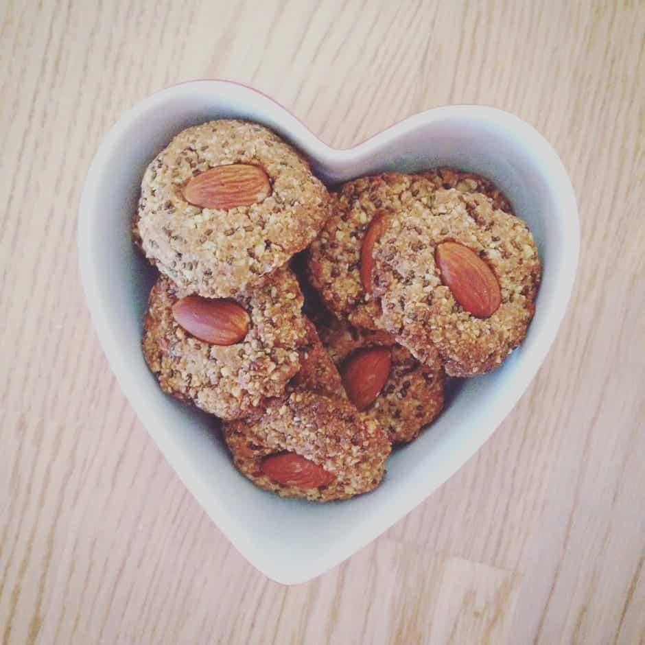 Crunchy Almond Chia Cookies